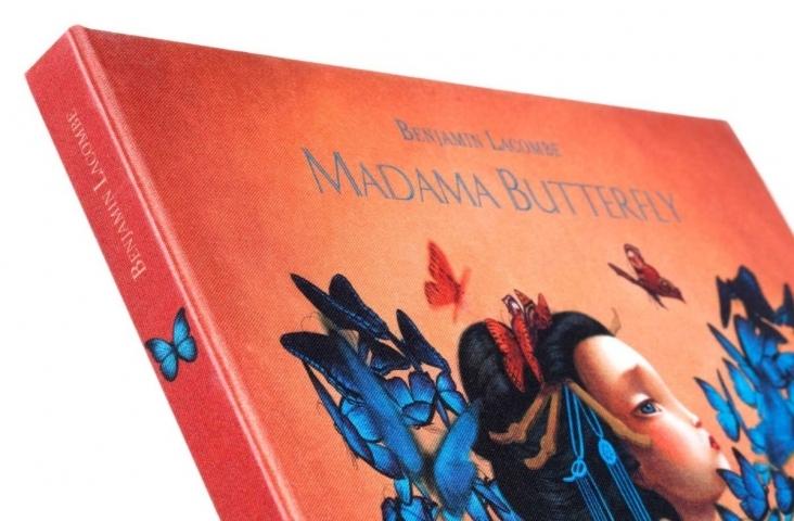 Deel cover Madama Butterfly van Benjamin Lacombe